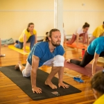 Sivananda Yoga – How Can Help You Improve Your Health