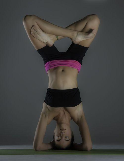 Oordhwa Padmasana (Lotus Headstand Pose)