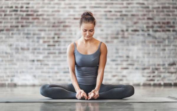 how to Badhakonasana or 'bound angle' pose or bhadrasana